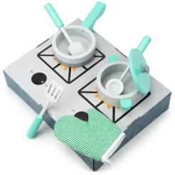 Simmer and Serve Cookware is a 7 piece play set