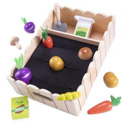 My Little Garden is a 13 piece wooden play set that is a perfect STEM toy